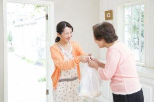 高齢者の一人暮らし、ご近所に頼れる人はいますか?