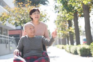 高齢化社会では老老介護も増えています