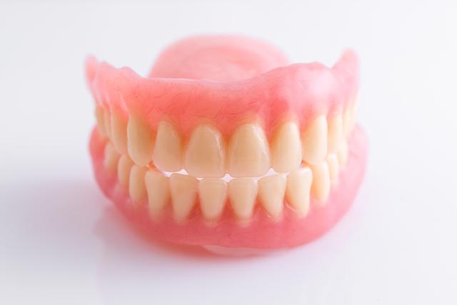故人の入れ歯