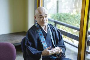 仏壇じまいで来た僧侶