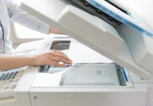 書類の原本を保存しコピーを提出することも可能