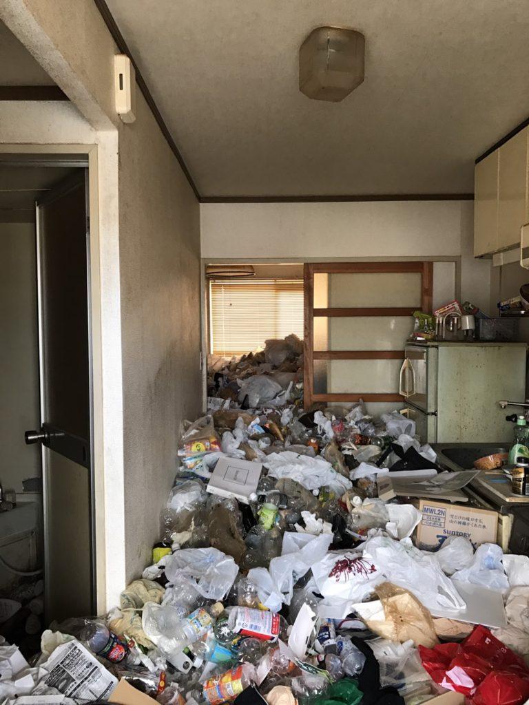 豊田市 ゴミ屋敷 K様 ビフォー01