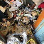 名古屋市港区のゴミ屋敷片付けビフォー玄関