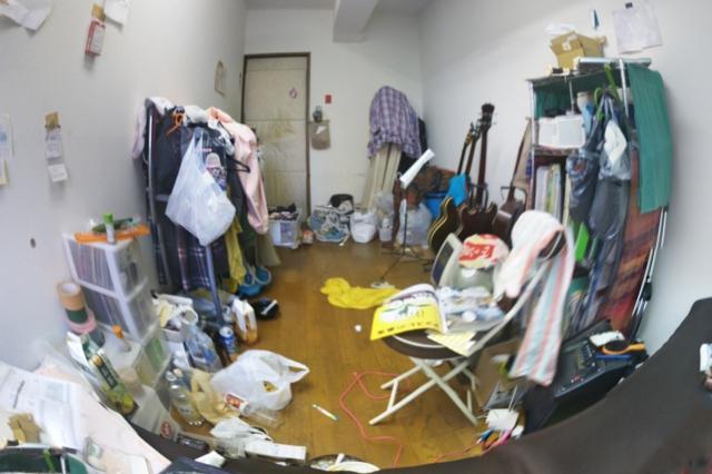 ブログ 汚部屋