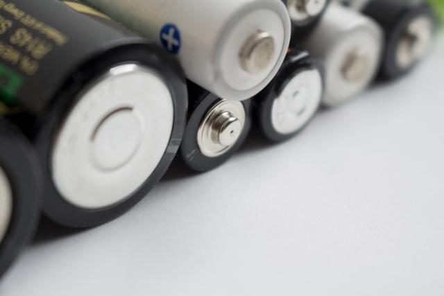 電池や電球の処分方法について