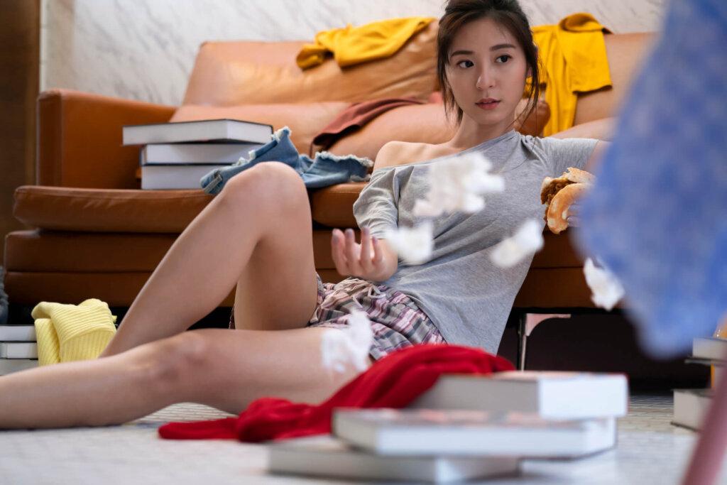 女性大学生 汚部屋 ブログ05