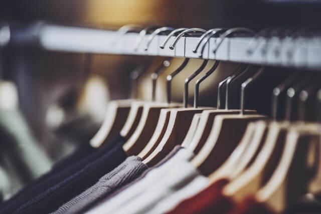 服の片付けを効率よくする方法