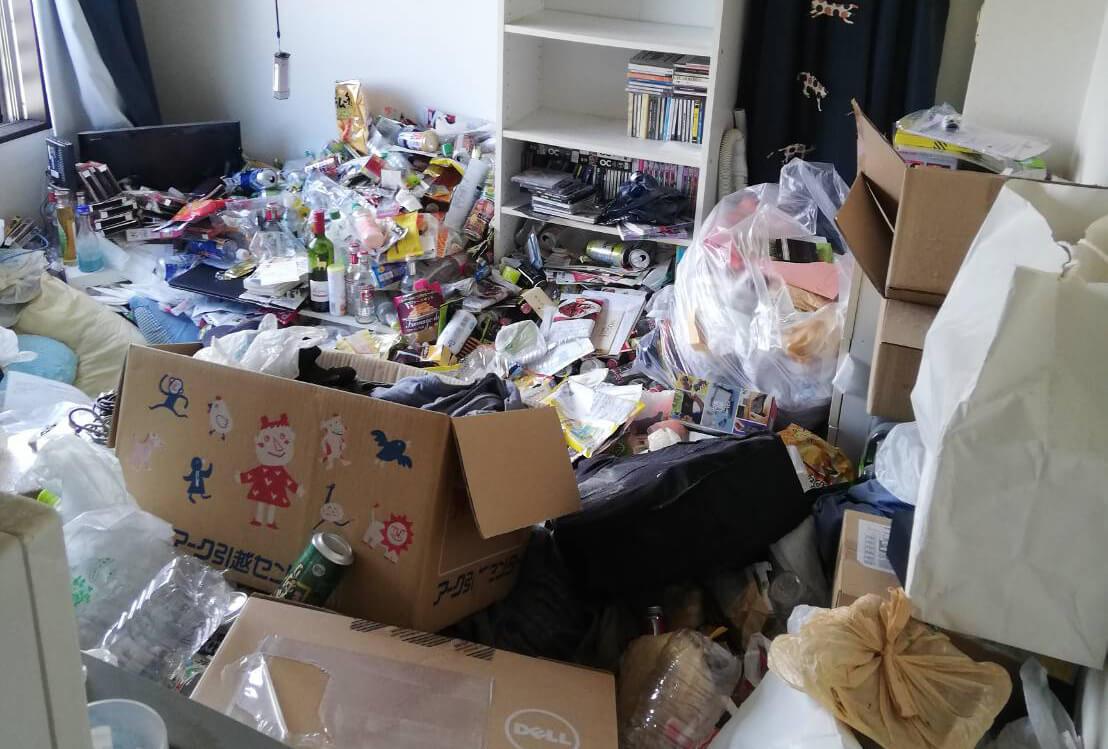 千代田区H様のゴミ屋敷清掃事例