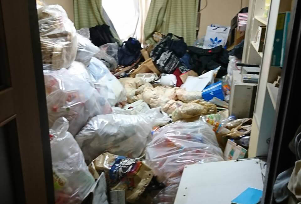 東京都北区E様のゴミ屋敷清掃事例