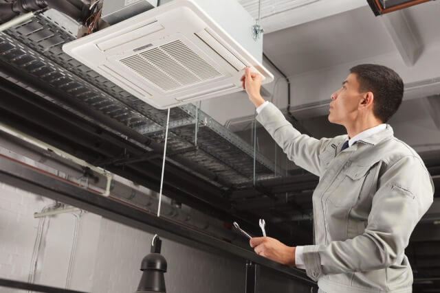 エアコンの掃除のプロ