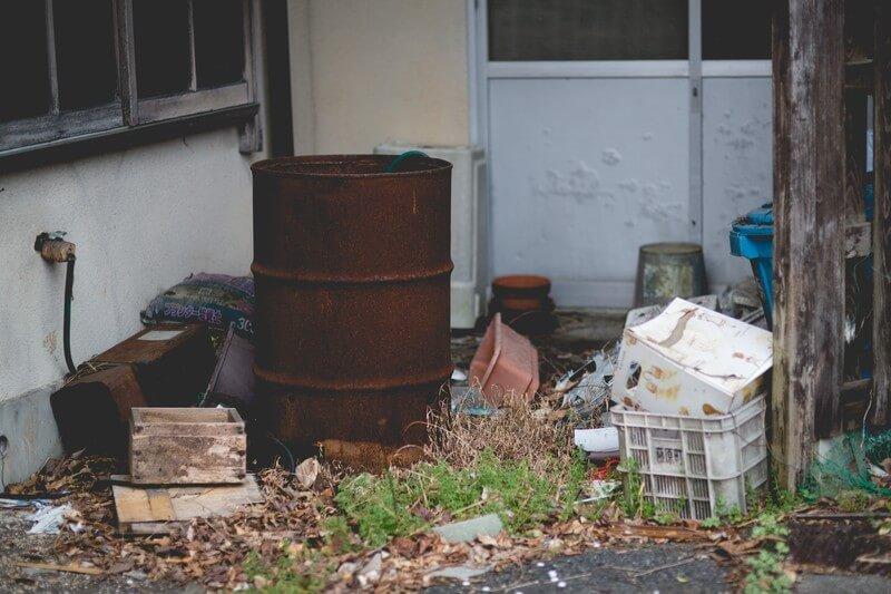 愛知県蒲郡市のゴミ屋敷で行政代執行を取り組む