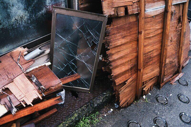 ゴミ屋敷に潜む火災のリスクとは?