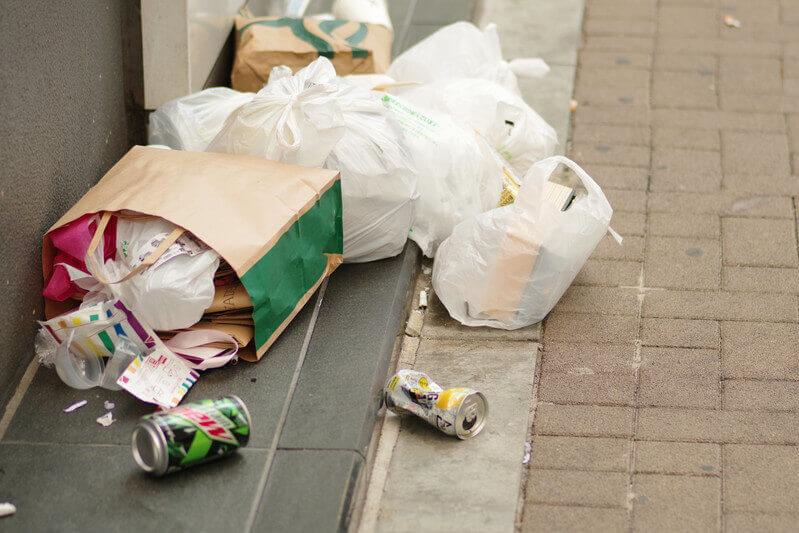 ゴミ屋敷条例制定後の問題点とは