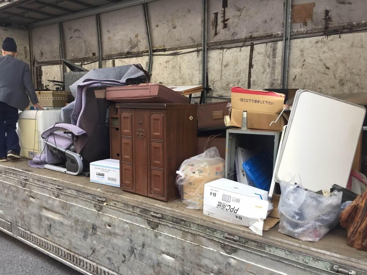 ゴミ屋敷を規制する法律はある?