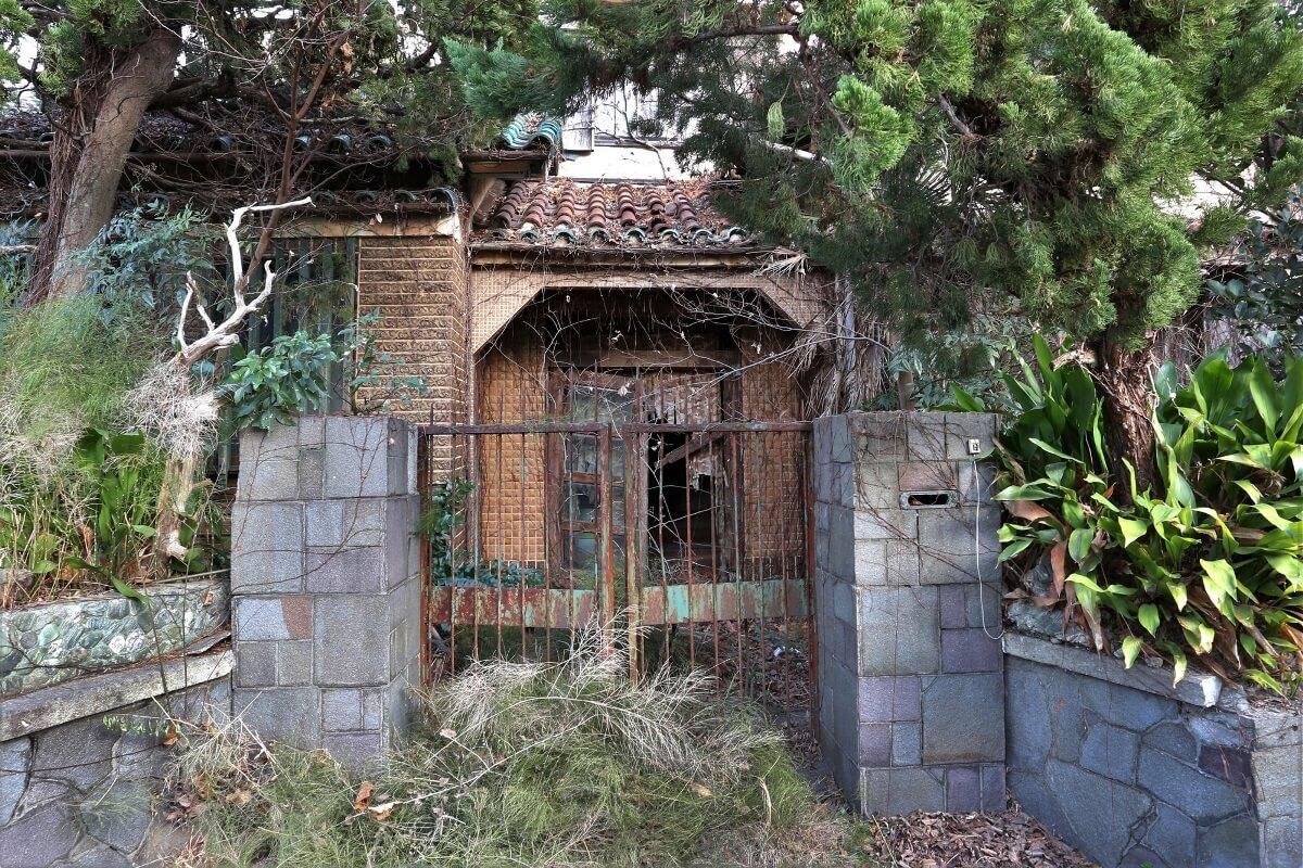 東京都足立区のゴミ屋敷の条例