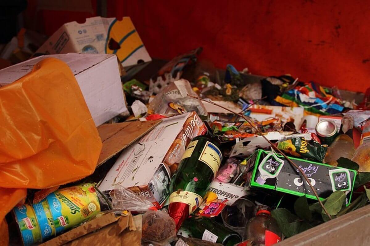 ゴミ屋敷の売却の方法について