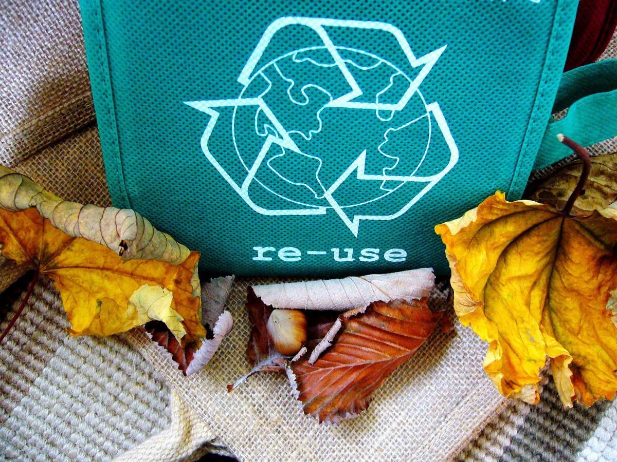 回収ボックスを活用したリチウムイオン電池の捨て方